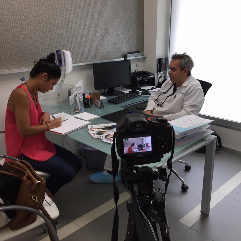 """Entrevista de la """"Revista Canaria de la Salud"""" al Dr. Jiménez acerca del Trasplante de Pelo"""
