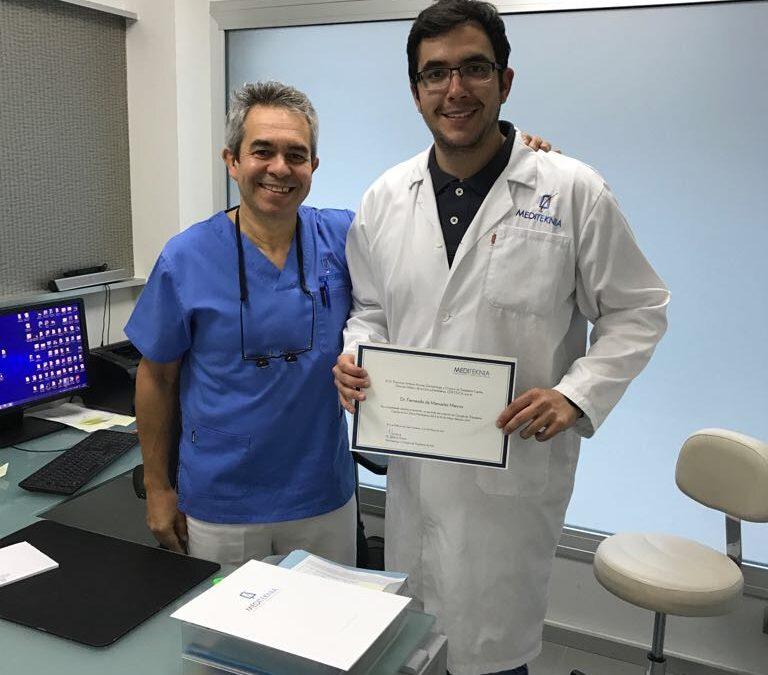 Rotación de Residente de Dermatología, Dr. Fernando de Manueles, en el área de Tricología y Trasplante Capilar